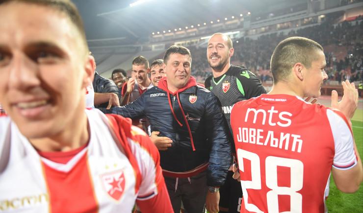 FK Crvena zvezda, FK Zemun, Vladan Milojević sa fudbalerima