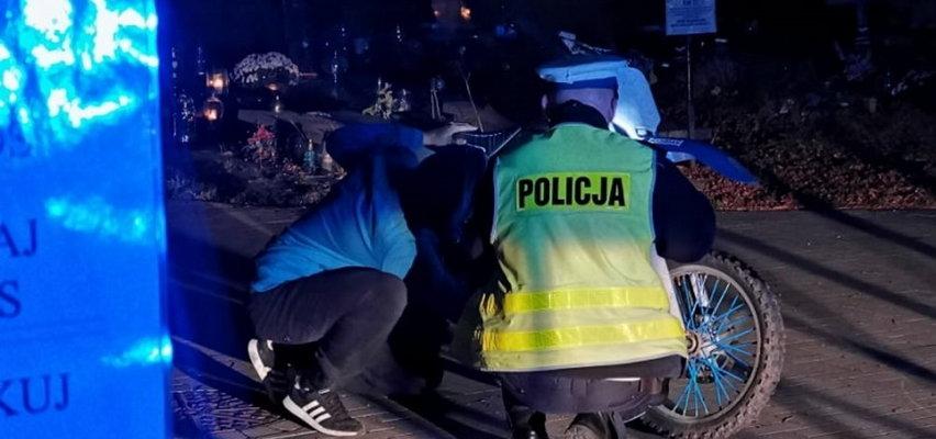 Szarża motocyklisty po kołobrzeskim cmentarzu. Nastolatka zatrzymali świadkowie