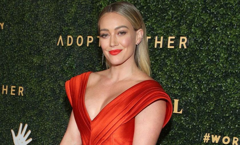 Hilary Duff opowiedziała ze szczegółami o porodzie domowym swojej drugiej córki, która przyszła na świat w marcu