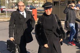 CECA STIGLA U SUD Pevačica u pratnji advokata, Jelena Karleuša se nije pojavila