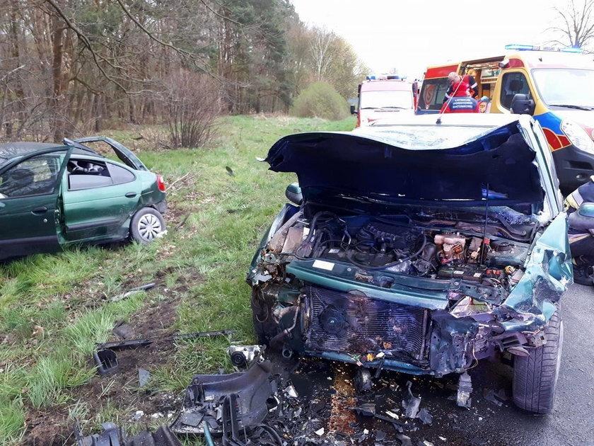 Kierowca wjechał w auto policjanta