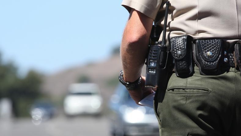 Kierowca ciężarówki za nieuważną jazdę został ukarany mandatem