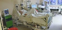 Weszliśmy na oddział, gdzie walczą o życie ludzi chorych na COVID-19. Poruszające obrazy