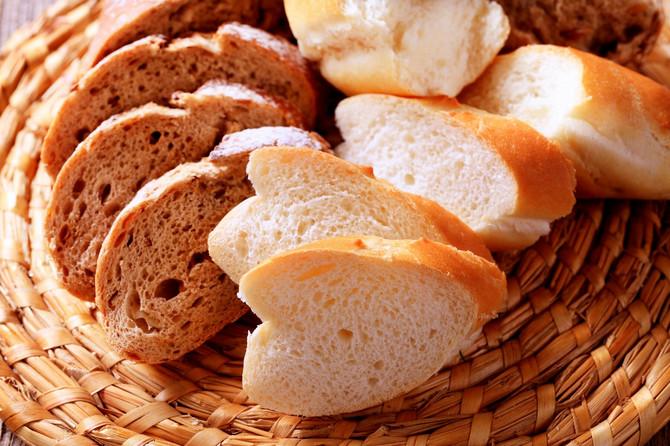 Hlebovi s manjim udelom pšeničnog brašna ili sasvim bez njega duže ostaju sveži