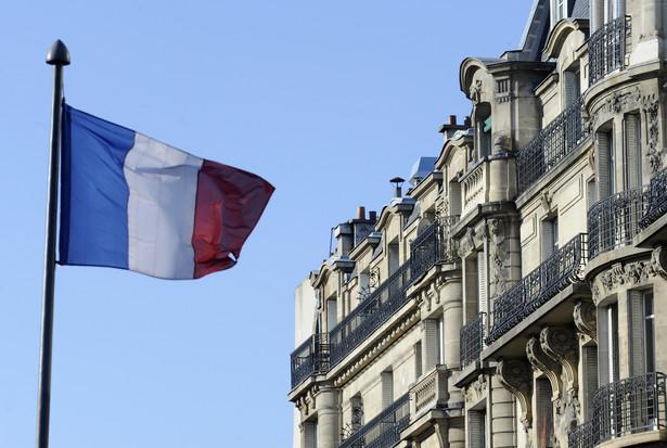 """W marcu 2019 roku te cztery organizacje pozwały państwo, inicjując tym samym """"pierwszy wielki sądowy proces klimatyczny we Francji"""" - pisze """"Le Monde""""."""