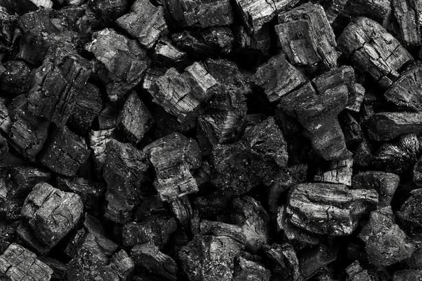 Elektrociepłownie opalane węglem będą definitywnie zamykane i zastępowane przez OZE i gaz albo przebudowywane pod kątem spalania odpadów.