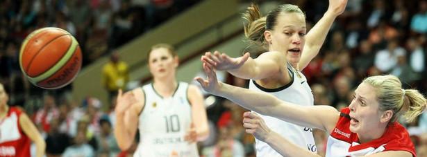 Mecz grupy C mistrzostw Europy koszykarek w Katowicach. Fot. Norbert Barczyk/Newspix.pl