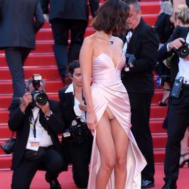Cannes 2017. Ups! Bella Hadid zaliczyła niezłą wpadkę
