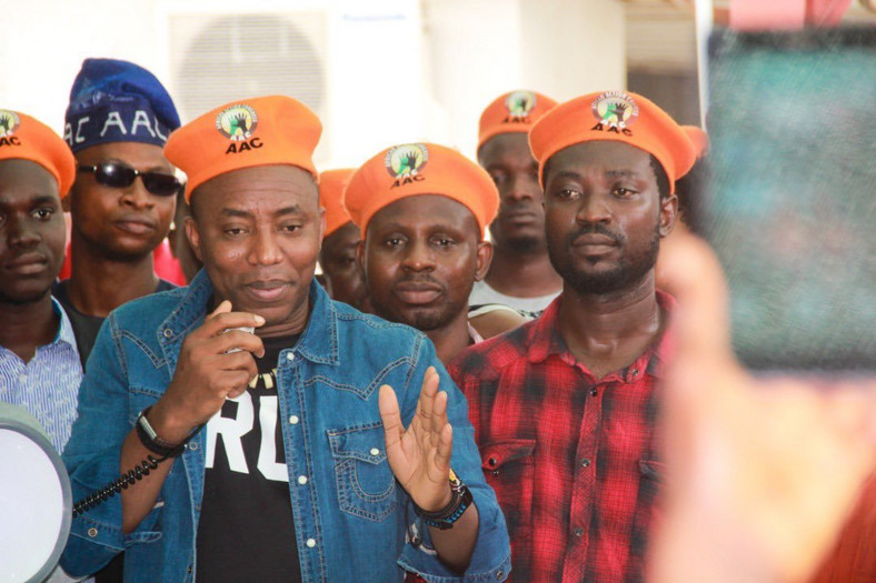 DSS accuses Omoyele Sowore of planing to destabilize Nigeria. [Twitter/@YeleSowore]