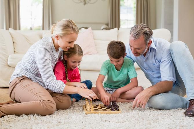 Šah i čoveče, ne ljuti se su dve idealne igre za vreme kućne izolacije