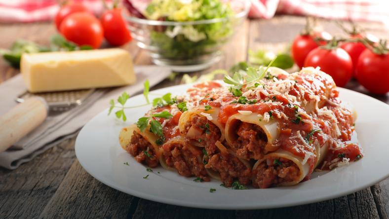 Wloskie Cannelloni Z Sosem Pomidorowym