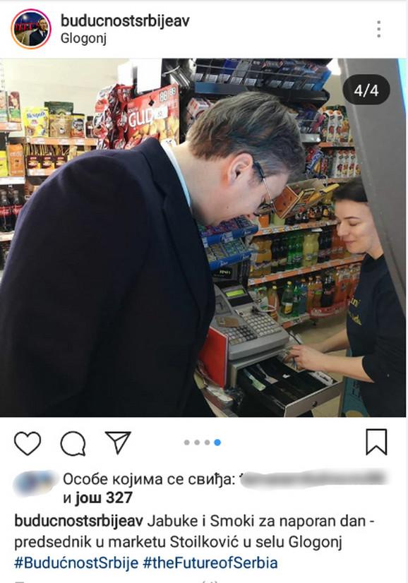 Predsednik kupuje namirnice
