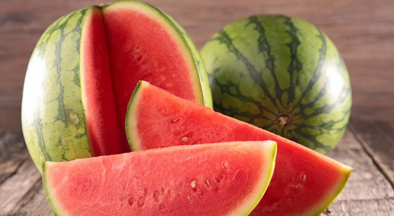 5 health benefits of eating watermelon
