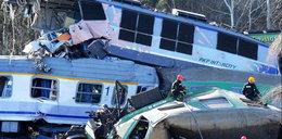 Katastrofa pociągów: Dyżurny usłyszał zarzut zaniechania
