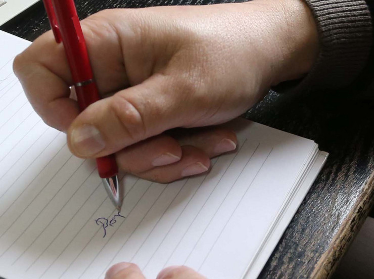nepismenost potpis olovka papir pisanje