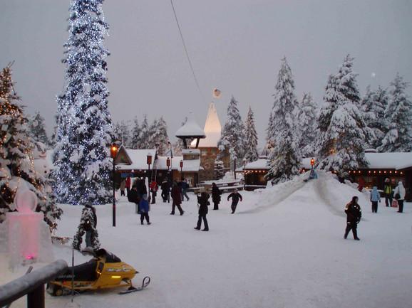 Rovaniemi, Deda Mrazovo selo u Finskoj
