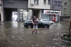 PLJUSAK, POTOP, KATAKLIZMA Ovo su najdramatičnije slike Beograda nastale tokom današnjeg NEVREMENA