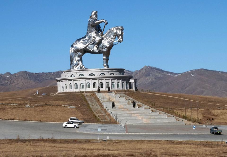 Pomnik Czyngis-chana w pobliżu Ułan Bator, stolicy Mongolii