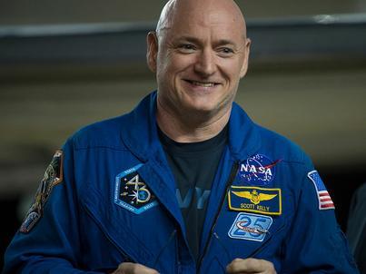 Scott Kelly przebywał w kosmosie prawie rok