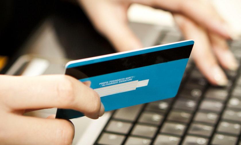 Nowy pomysł fiskusa oznacza spore kłopoty dla sklepów internetowych