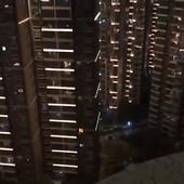 """""""BORI SE VUHAN!"""" Kako stanovnici zatvorenog grada u kojem je buknula epidemija HRABRE SAMI SEBE (VIDEO)"""