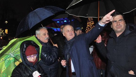 Goran Vesić je najavio da će za desetak dana biti otvoreno najveće ikada klizalište