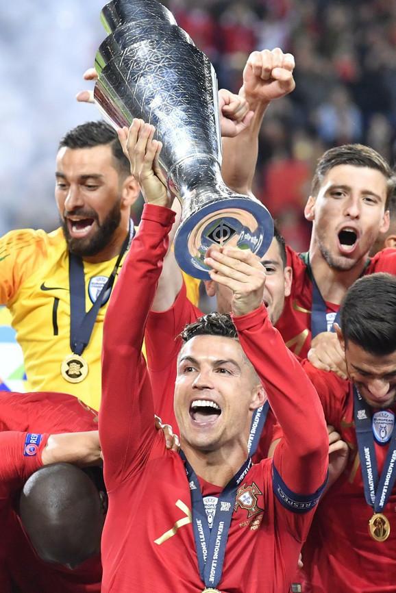 Kristijano Ronaldo slavi titulu u Ligi nacija