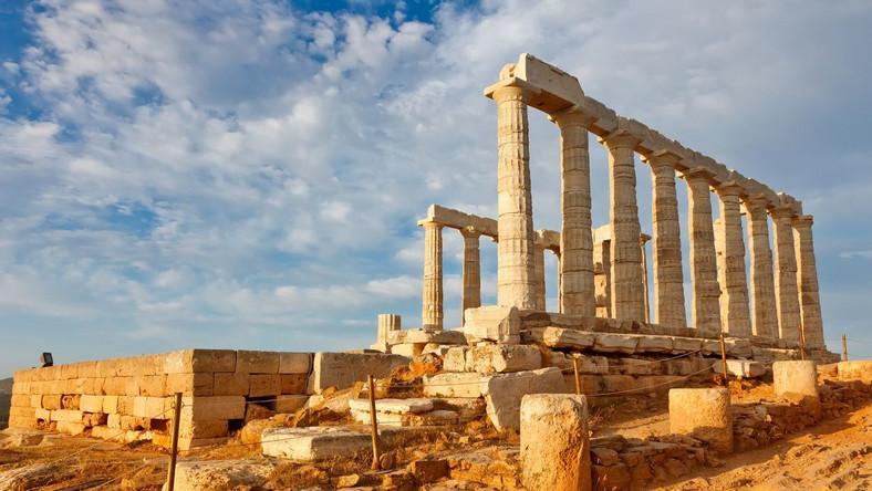 Bruksela bliska zakręcenia kurka z pieniędzmi dla Aten
