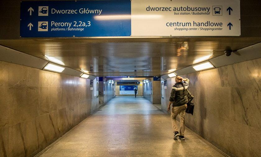 Już w przyszłym roku będzie gotowy zarówno nowy peron 3a, jak i przejście łączące dworzec zachodni z autobusowym.