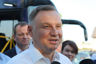 Duda: Chciałbym, żeby pod koniec mojej drugiej kadencji Polak zarabiał 2 tys. euro