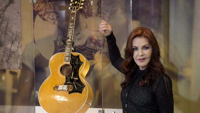 Modelka aktorka pojawiła się ostatnio w Londynie - promowała wzbogacenie się wystawy poświęconej Elvisowi w nowe eksponaty...