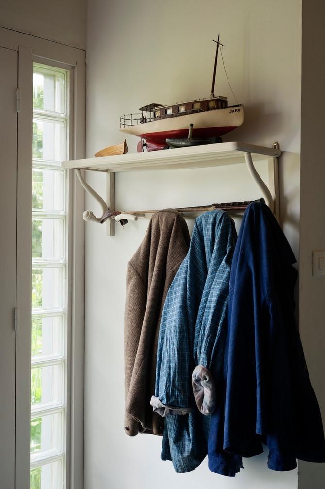 Ako su vam jakne okačene na čiviluku u hodniku, evo šta to govori o vašem životu
