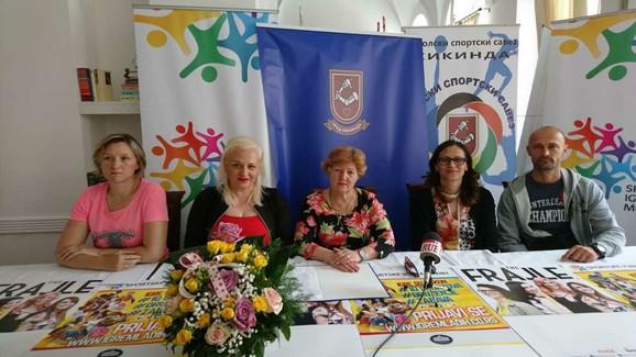 Svetlana Mirčić-Vukobrat, Ivana Jovanović, Bosiljka Srdić, Jelena Krvopić i Branislav Bjelić