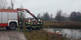 Samochód wpadł do rzeki. Nie żyje 29-latek