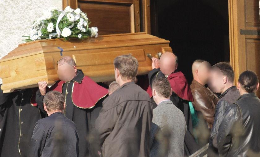 Pogrzeb ofiary szwajcarskiego bankiera