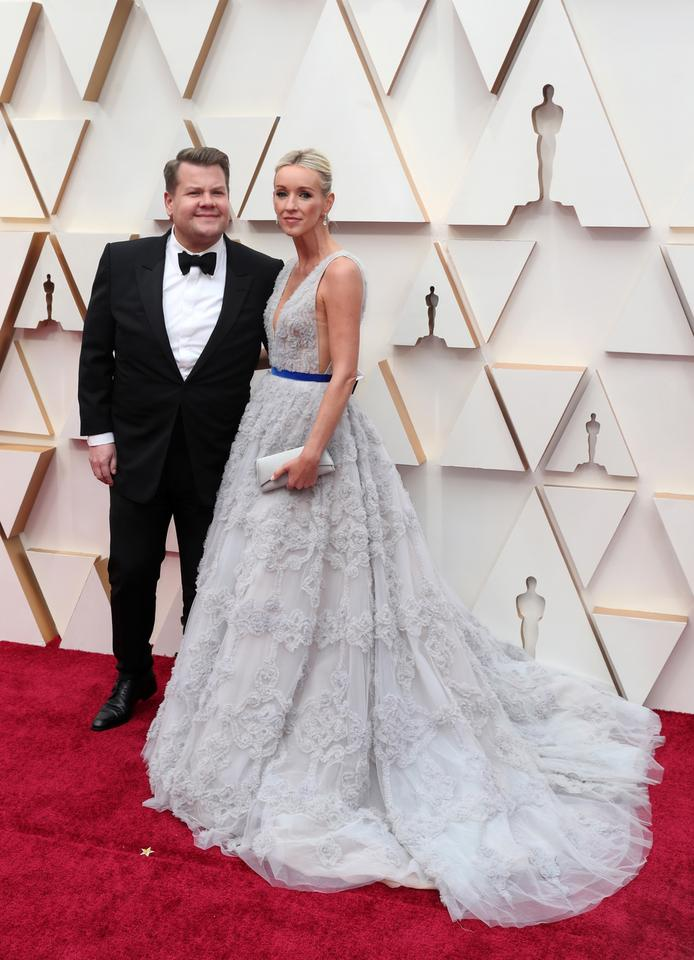 James Corden i Julia Carey
