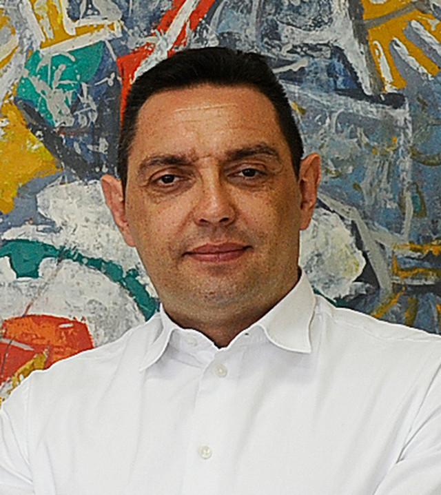 Aleksandar Vulin: Ministarstvo odbrane više ne vodi čovek koji je nesumnjivo blizak Moskvi