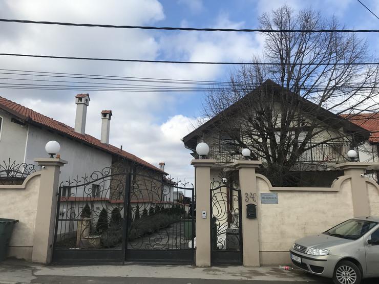 Starački dom na Zvezdari u čijem je dvorištu eksplodirala bomba
