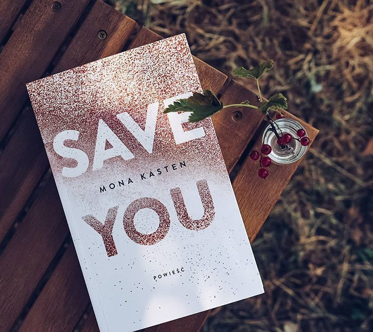Save you / @evelina_czyta_ Instagram