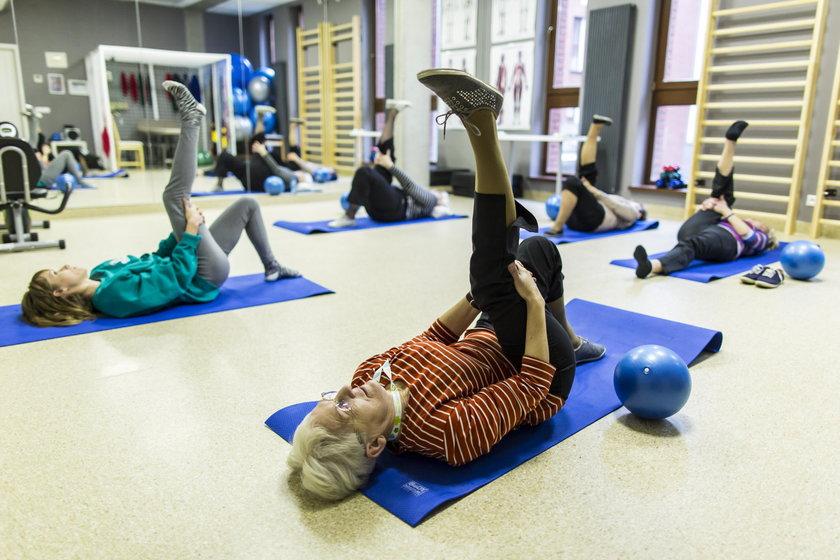 Z bezpłatnych ćwiczeń mogą skorzystać poznaniacy powyżej 67 roku życia