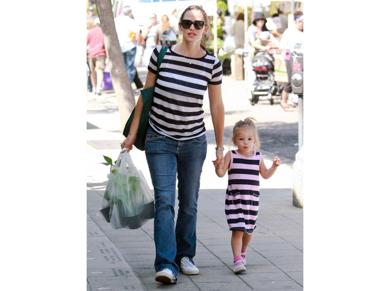 Jennifer Garner z młodszą córką Seraphine Rose postawiły na pasy.
