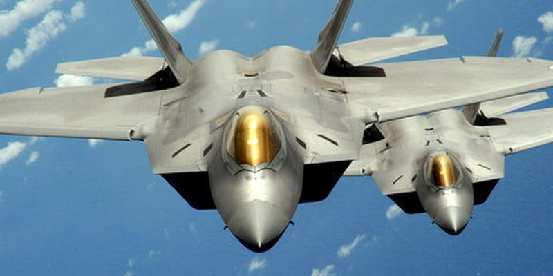 Samoloty piątej generacji - najnowocześniejsze myśliwce warte miliony dolarów