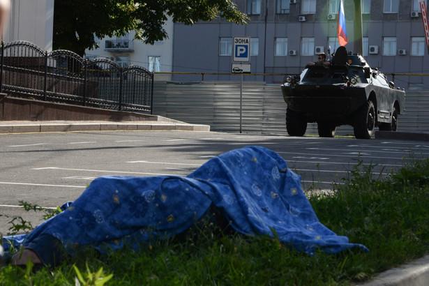 Po wygaśnięciu zawieszenia broni doszło do wznowienia walk na Ukrainie EPA/STR