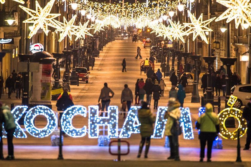 Świąteczna iluminacja na Piotrkowskiej w Łodzi