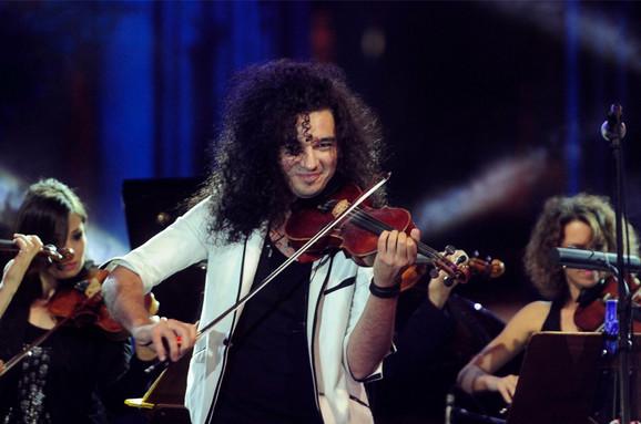 Nemanja Radulović svirao dva sata i dvadeset minuta