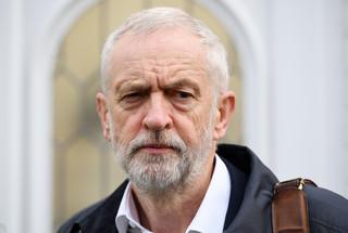 Corbyn zgadza się na przedterminowe wybory