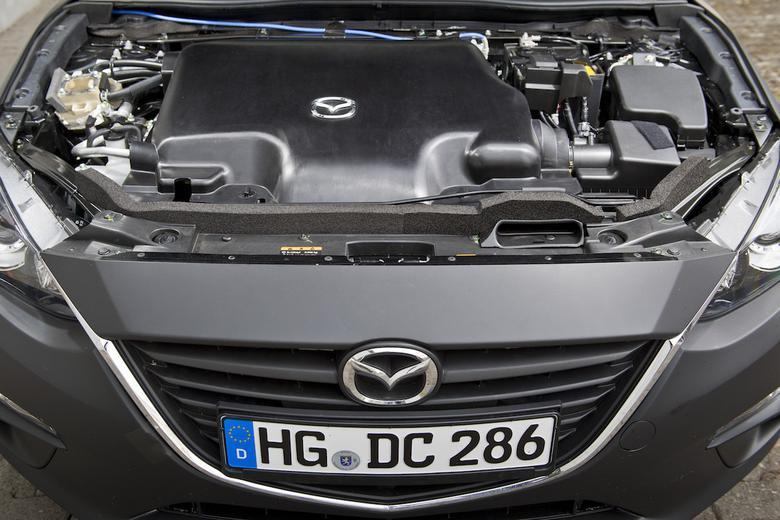 Mazda z silnikiem Skyactiv-X
