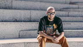 """Grubson zabiera się za """"najcięższą tematykę"""". Premiera nowej płyty """"Gatunek L"""" 29 września"""