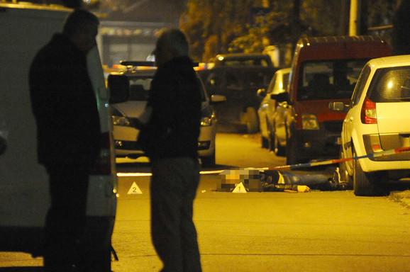 Predrag M. ubijen je pred kućom u kojoj je živeo: Sa policijskog uviđaja