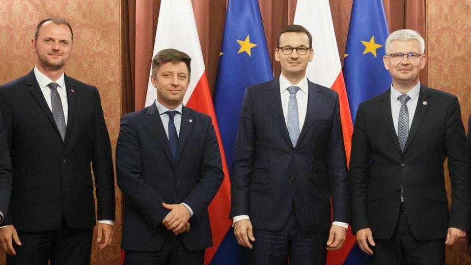 Od lewej: K. Zieliński, M. Dworczyk, M. Morawiecki, I. Zyska